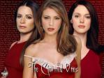 Wie heißen die Schwestern die neben Phoebe stehen?
