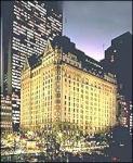 Wie heißt das Hotel, in das Kevin in New York eingecheckt hat?