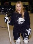 Welchen Sport machte sie noch, außer Eishockey?