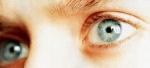 Was für Kontaktlinsen trägt Elijah?