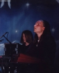 In welcher Band spielte Sonatas vorheriger Keyboarder Mikko Harkin, bevor er bei Sonata Arctica mitmachte?
