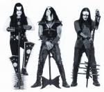 Welche der folgenden Bands geht niemals mit Corpsepaint (Pandabemalung) auf die Bühne?
