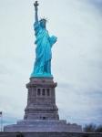 Von wem bekamen die USA die Freiheitsstatue geschenkt?