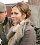 Als was oder wo arbeitete J.Lo vor ihrer Showbusiness-Karriere?