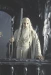 Saruman will alle Ringe verschenken, weil er ja der nette Zauberer ist.