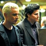 Spike's Mantel ist teurer als der Mantel von Angel.