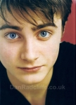 Harry hat graue Augen