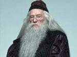 Dumbledore verrät Harry wichtige Details über seine Vergangenheit erst im fünften band und Harry rastet aus.