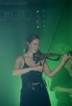 Wie nennt sich die Violinenspielerin von STS?