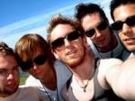 Wer von Maroon 5 mag es NICHT im Rampenlicht zu stehen? ( Adam LIEBT es!)