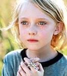 Allie hat die die Fähigkeit Wunden zu heilen und rettet so ihren Vater Charly.