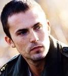 Jesse kehrt drogenabhängig aus dem Vietnamkrieg zurück.