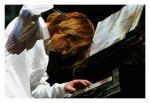 Wie alt war Yoshiki als er Piano/Drums spielen lernte?