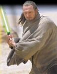 Gegen wen kämpft Qui-Gon Jinn in der Wüste von Tatooine?