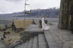 Eowyn möchte Aragorn daran hindern zu den Pfaden der Toten zu reiten. Er fragt sie, warum sie gekommen ist. Was sagt Eowyn?
