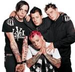 Das erste Musikvideo der Band kam im Jahre 2001 unter dem Titel LITTLE THINGS raus!