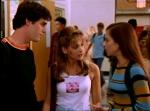 Willow ist in den ersten Staffeln in Xander verknallt. Doch dieser hat erst mal nur Augen für Buffy.