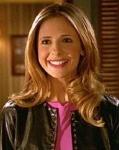 Spike ließ sich den BuffyBot bauen, nachdem die richtige Buffy die Beziehung zu ihm beendet hatte.