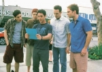 Was machen die Jungs, als sie am Strandhaus in Grand Harbor angekommen sind?