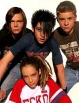 Welche 2 von Tokio Hotel sind Zwillings Brüder?