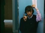 Was wird im Nachrichtenüberblick nach Ringos Mandeloperation verkündet?