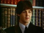 Ist es wahr, dass Paul mit Gitarrespielen begann, nachdem seine Mutter gestorben war?