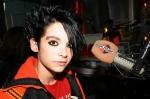 Was benutzt Bill um seine Haare zu stylen?