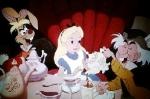 Warum landete Alice im Wunderland?