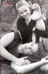 Die beiden Schauspieler sind trotz des Medienrummels ein glückliches Paar und haben sogar eine gemeinsame Tochter namens...