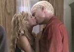In welcher Folge küssen sich Buffy und Spike zum allerersten Mal?