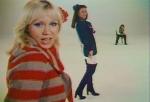 Das Bild ist aus dem Video Money, Money, Money!