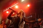 In welcher Rockband hat die Sängerin vor der Gründung von Exilia gesungen?