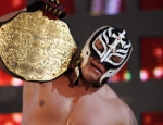 Rey Mysterio hat die Idee mit den Masken von seiner Tochter.