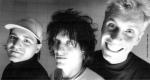 Wer stand bei der Gründung von DIE ÄRZTE in den 80er zuerst am Bass?