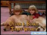 Um wieviele Minuten ist Dylan Tuomy-Wilhoit älter als sein Zwillingsbruder Blake?