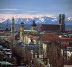 In welchem Jahr wird München erstmals als Villa Munichen urkundlich erwähnt?