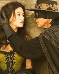"""Mit wem spielt Sie zusammen die Hauptrollen in """"Die Legende des Zorro""""?"""