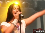 "Der zweite Vers von ""The man with the scissors"" lautet ""I miss him so"""
