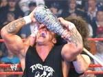 Wodurch konnte Randy Orton den endgültigen Sieg über Cactus Jack bei Backlash 2004 erlangen?