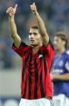 Aus wie viel Meter schoß er das 2:2 gegen AC Milan?