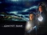 Welche Farbe hat das Kleid das, das kleine Mädchen in Ghost Ship anhat?