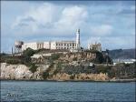 Wie wird die kleine Insel, auf der das ehemalige Bundesgefängnis Alcatraz liegt, im Volksmund genannt?