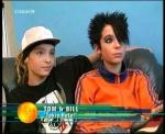 Wann wurden die Zwillinge Tom und Bill geboren und wer ist älter?