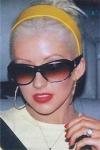 Welchen Song performte Christina mit Britney und Madonna 2003 bei den VMA's?