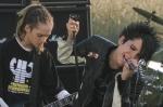 Wann erschien die erste Single von Tokio Hotel?