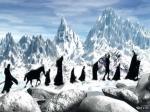 Wie heißt der Berg, der mit Schnee überdeckt ist und den die Gefährten überqueren müssen?