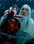 Wessen Geist wird von Saruman vergiftet?