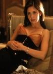Na...wo spielt Sarah Michelle Gellar die sexsüchtige, drogenabhängige Stiefschwester von Ryan Philipp?