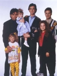"Die erste Full House-Folge heißt ""Unsere allererste Nacht""."