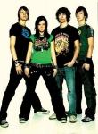 Beginnen wir mit den Anfängen der Band: Andreas, Johannes, Stefanie und Thomas lernten sich 1998 kennen.